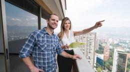 Quando procuramos imóveis à venda, é necessário analisar todos os pontos e características da edificação e dos arredores do apartamento.