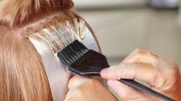 Tendências de coloração e cortes de cabelo